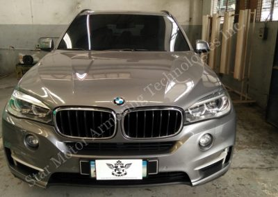 ARMORED BMW X5 LEVEL B6 HIGH POWERED RIFLE PROTECTION